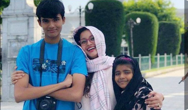 Renu Desai with her son and daughter