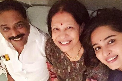 Anushka Shetty With Her Parents