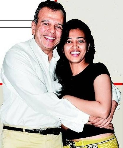Radhika Apte with her father