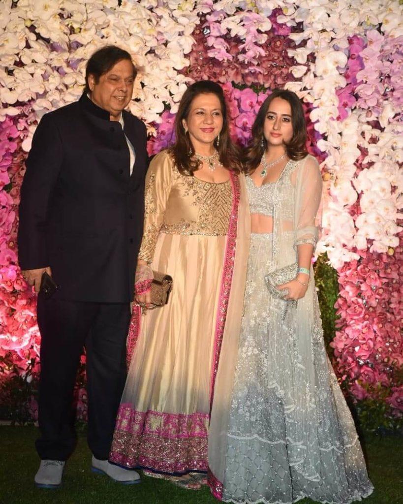 Natasha with Varun Dhawan Family