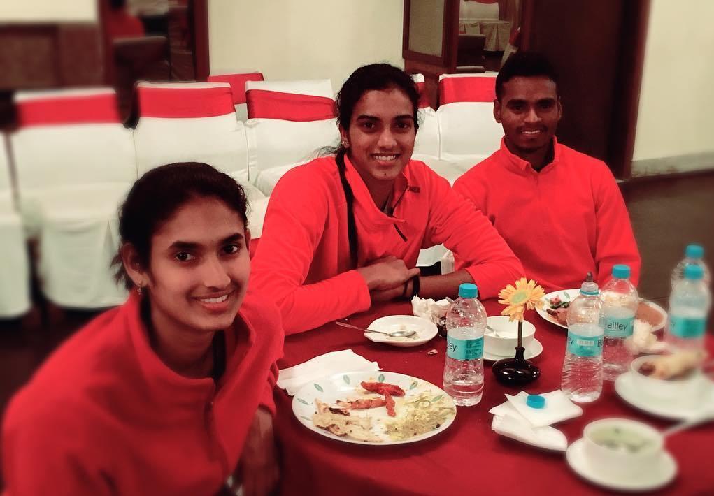PV Sindhu taking food
