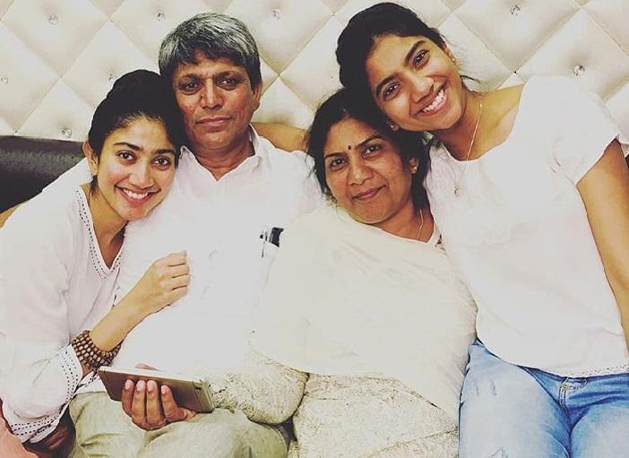 Sai Pallavi With Her Parents