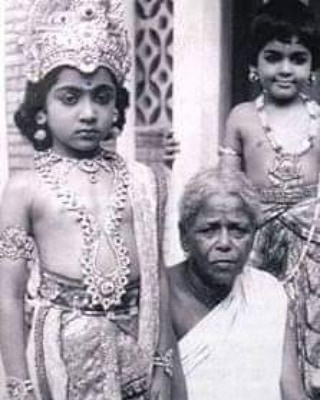 Karthi in his childhood