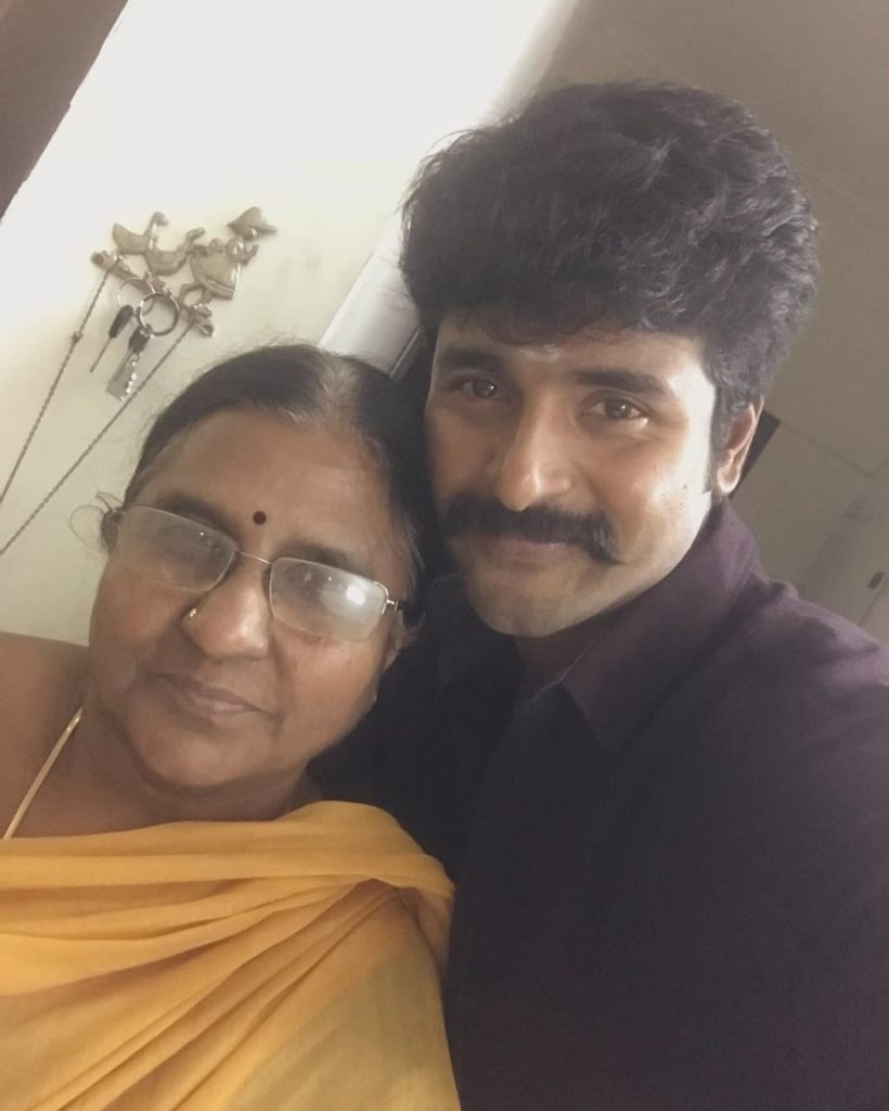 Sivakarthikeyan with his Mother
