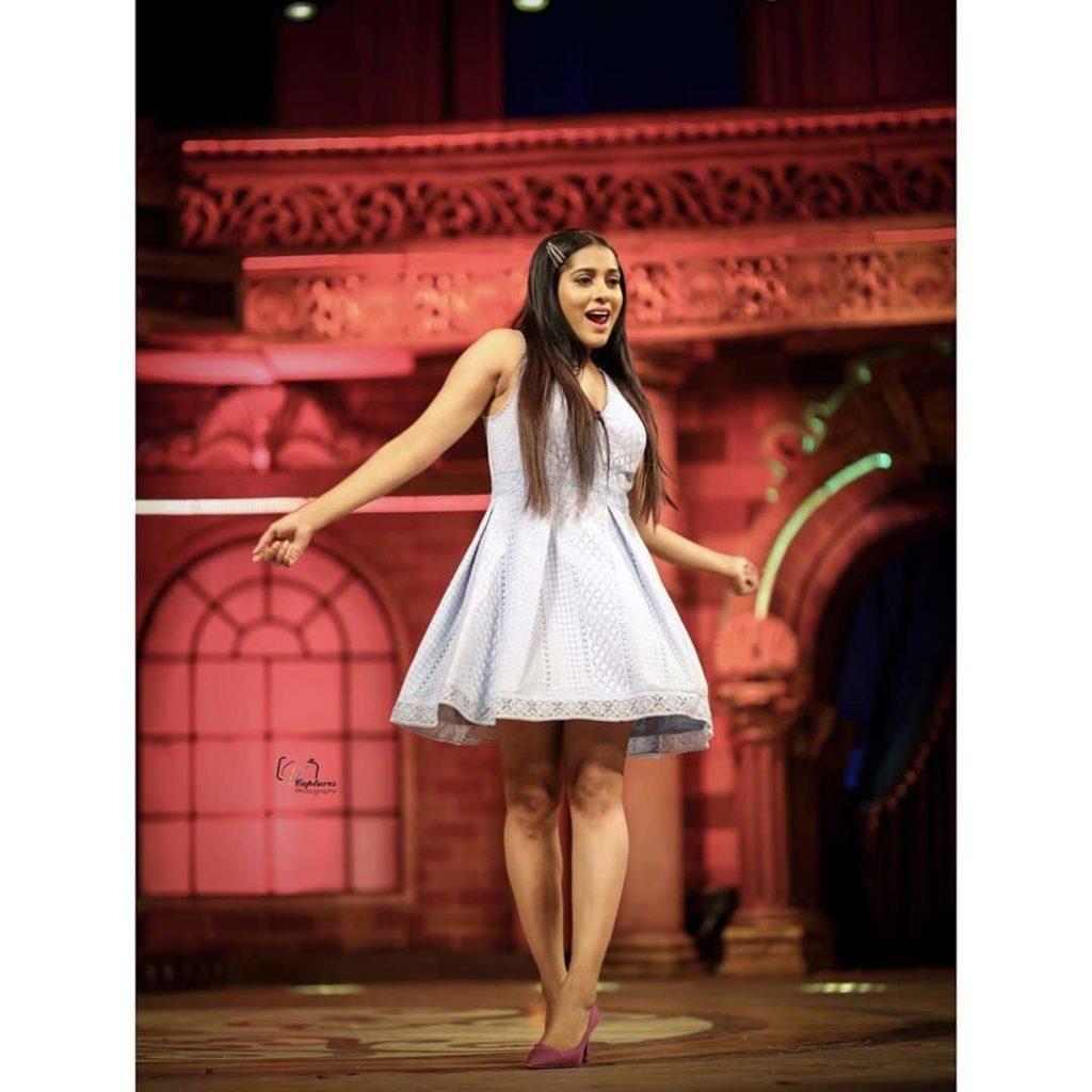 Rashmi Gautam Performance in Extra Jabardasth