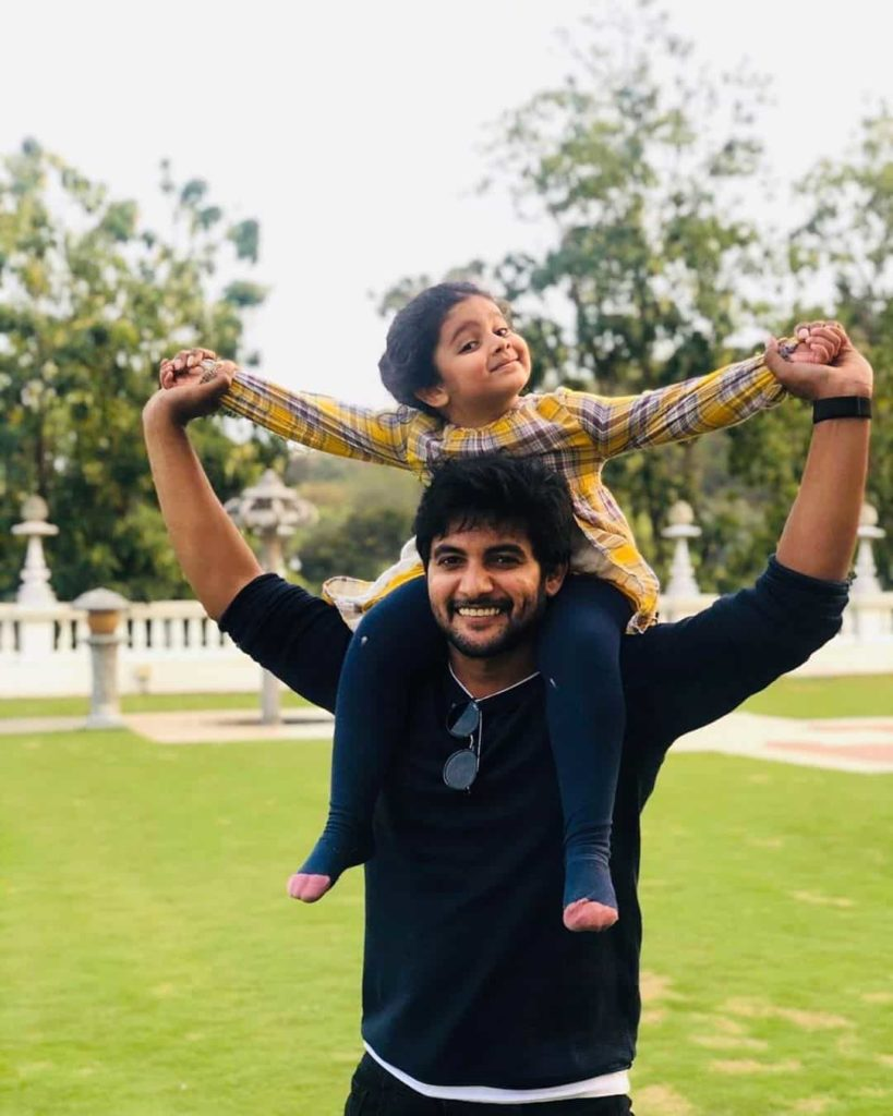 Aadi with his Daughter
