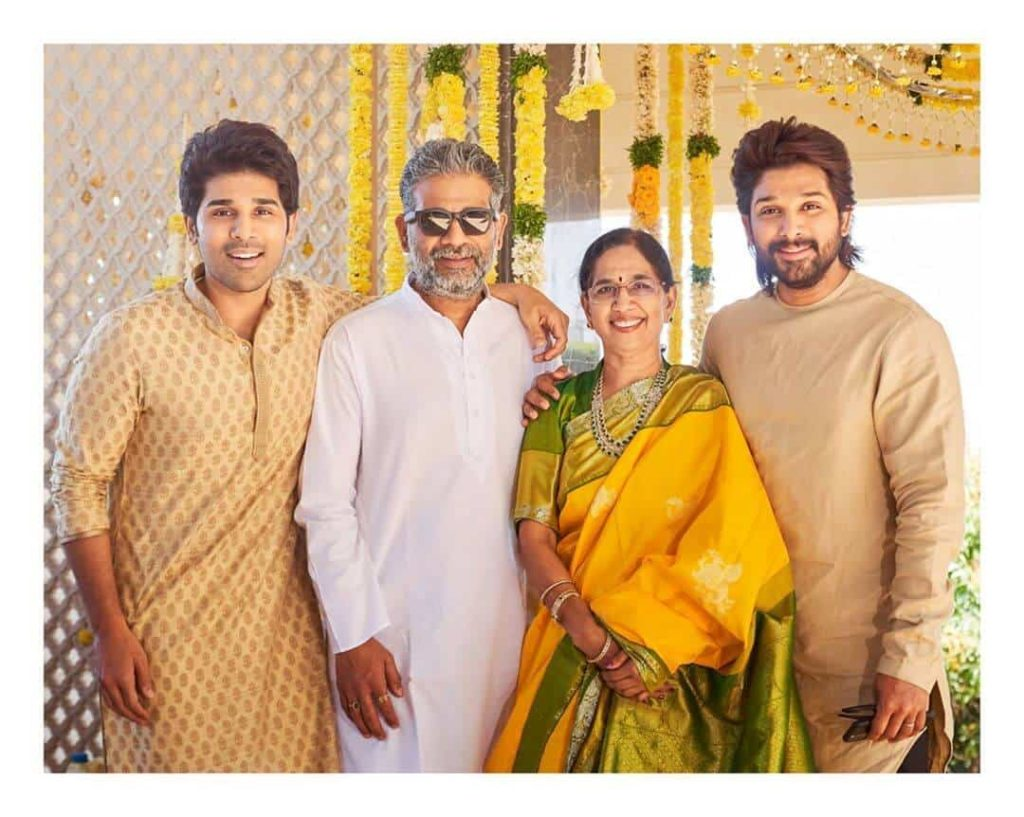 Allu Sirish with his Mother and Brothers