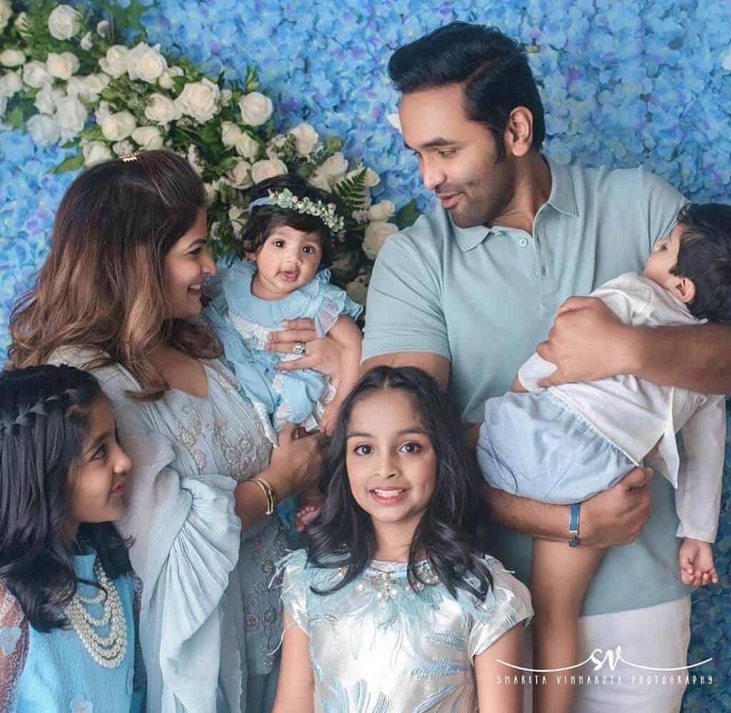 Family of Manchu Vishnu