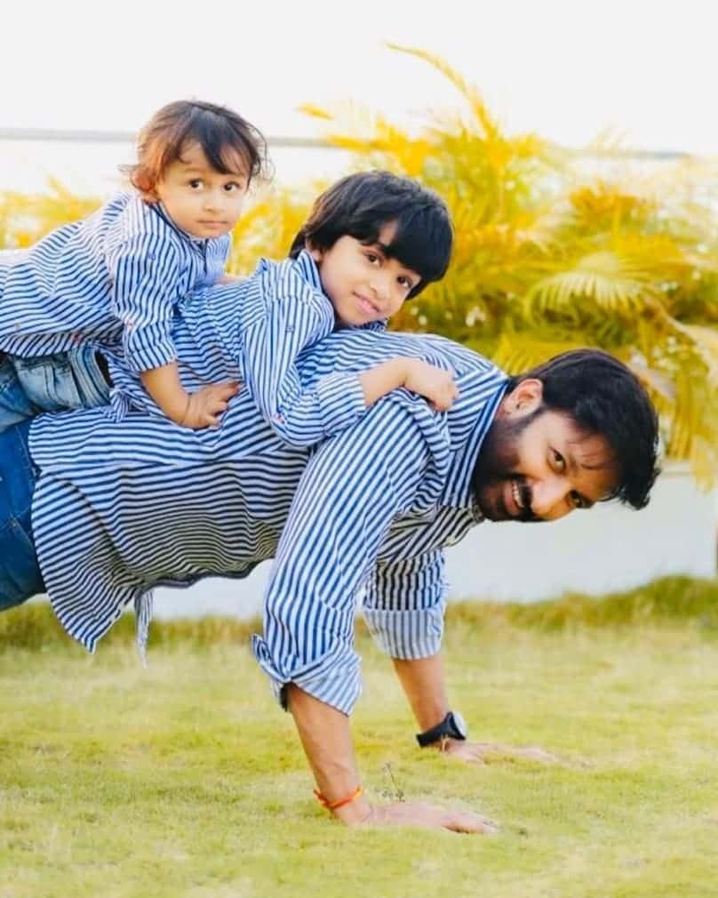 Gopichand with his Childrens