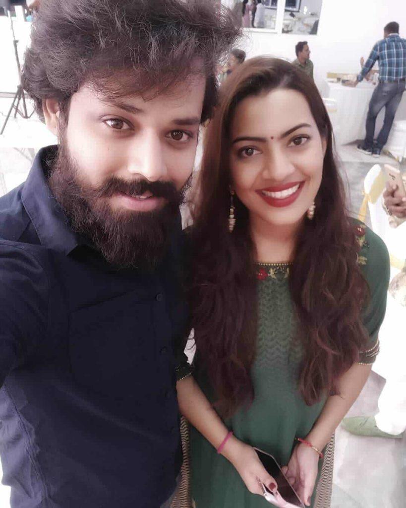 Nandu with his Wife Geetha Madhuri