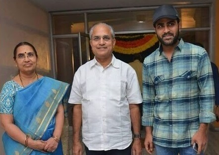 Sharwanand with his Parents