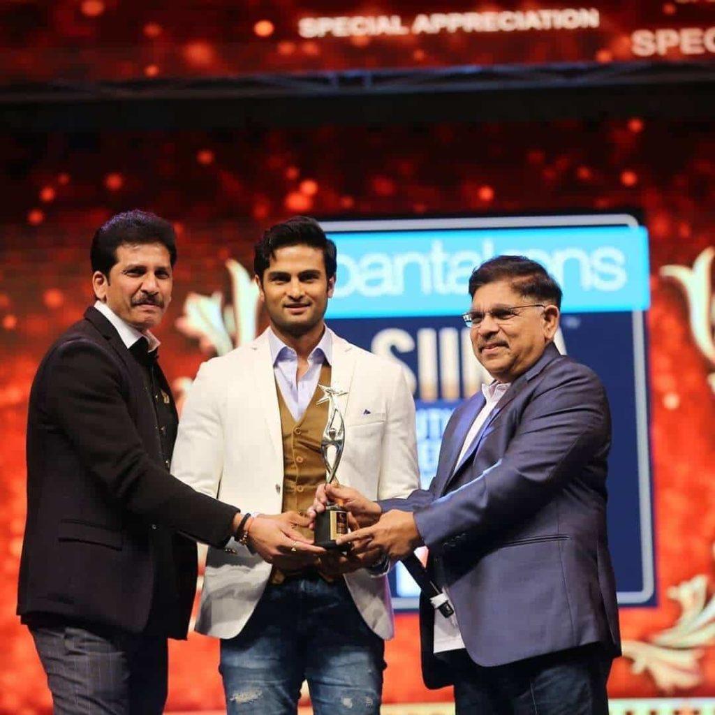 Sudheer babu Receiving award