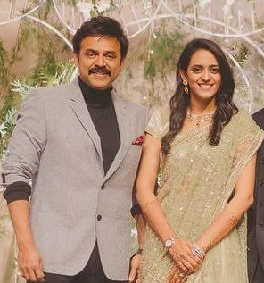 Venkatesh with his Daughter Aashritha